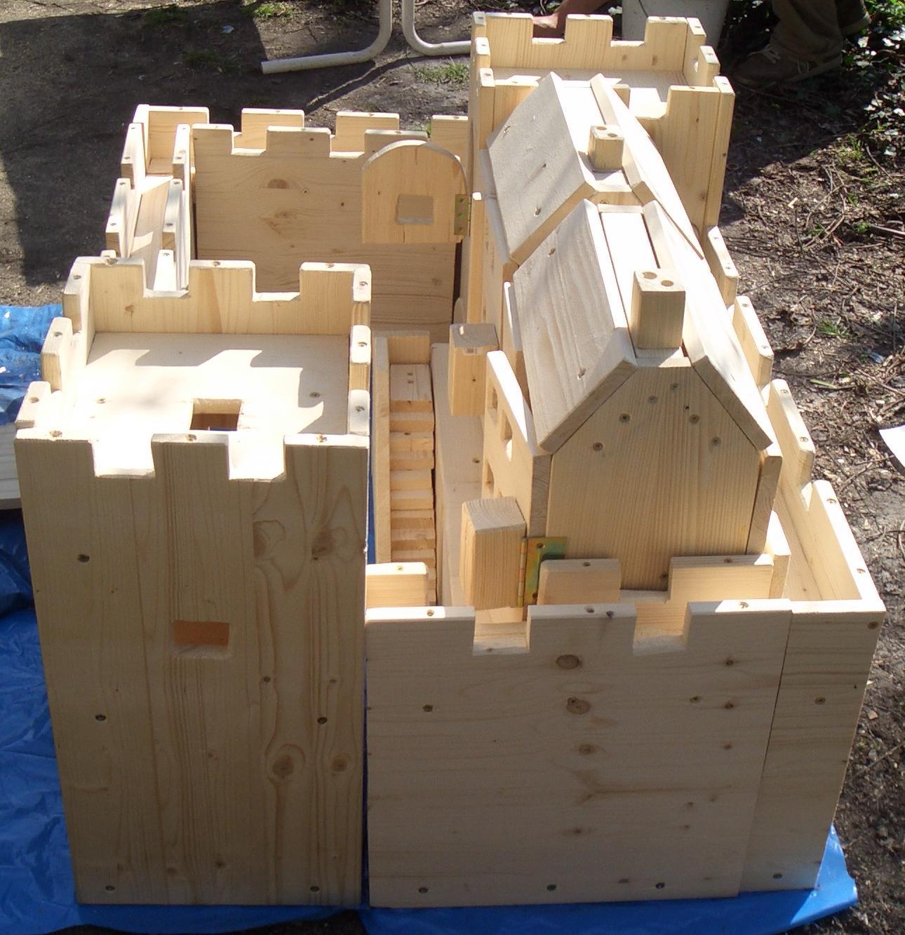 puppenhaus bauen welches holz. Black Bedroom Furniture Sets. Home Design Ideas